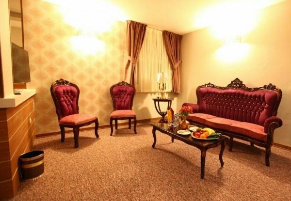 هتل آوین