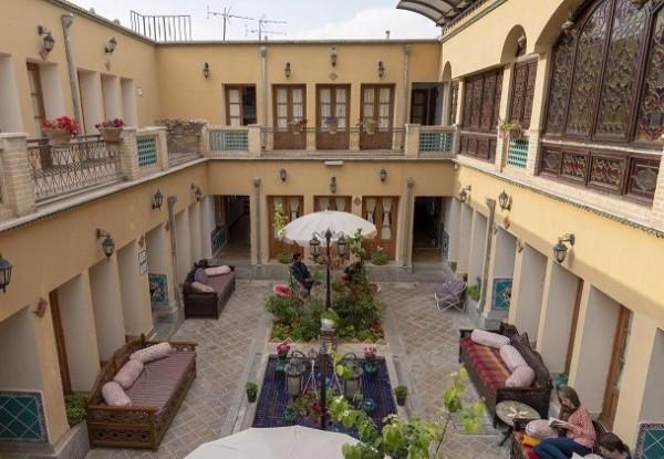 هتل سنتی طلوع خورشید