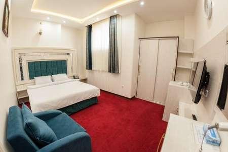 هتل میبد